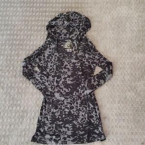 Eco Yoga hooded shirt
